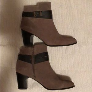 Giani Bernini booties size 10